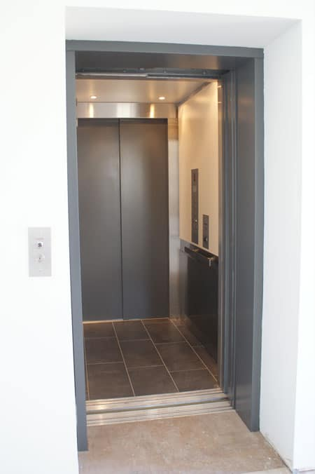 Mid Rise Commercial Building Elevator