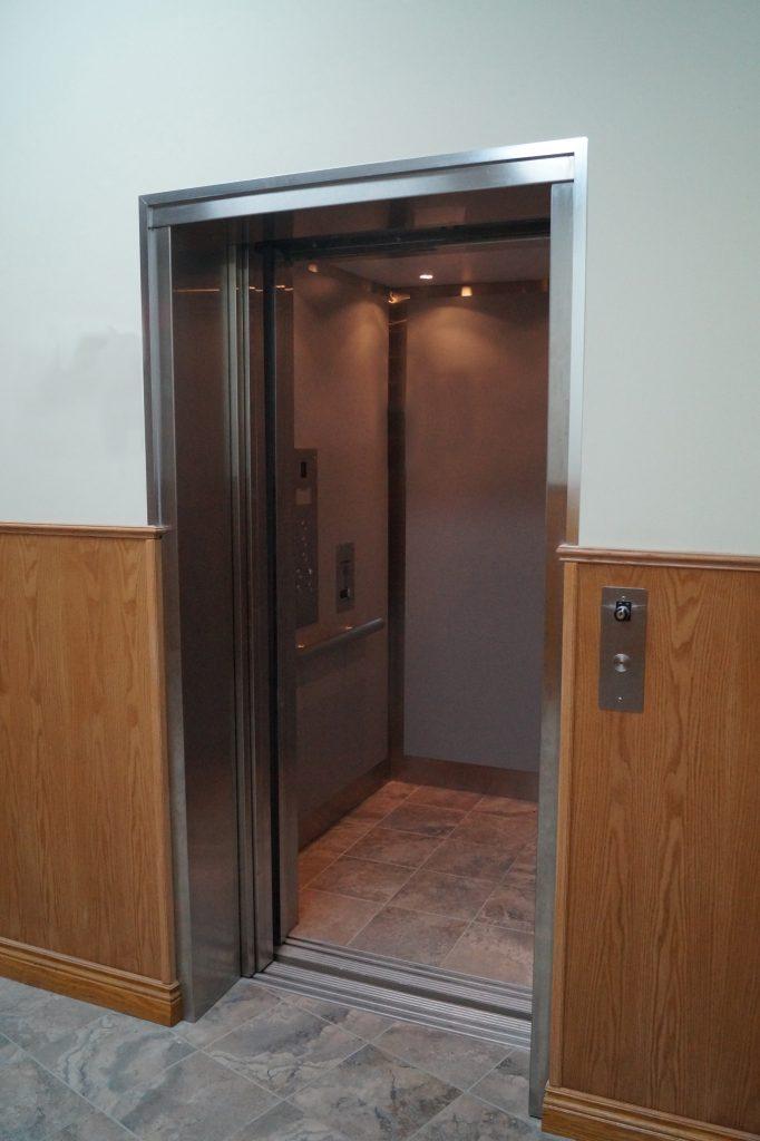 Commercial Elevators | Canadian Elevator Manufacturer | Federal Elevator 9