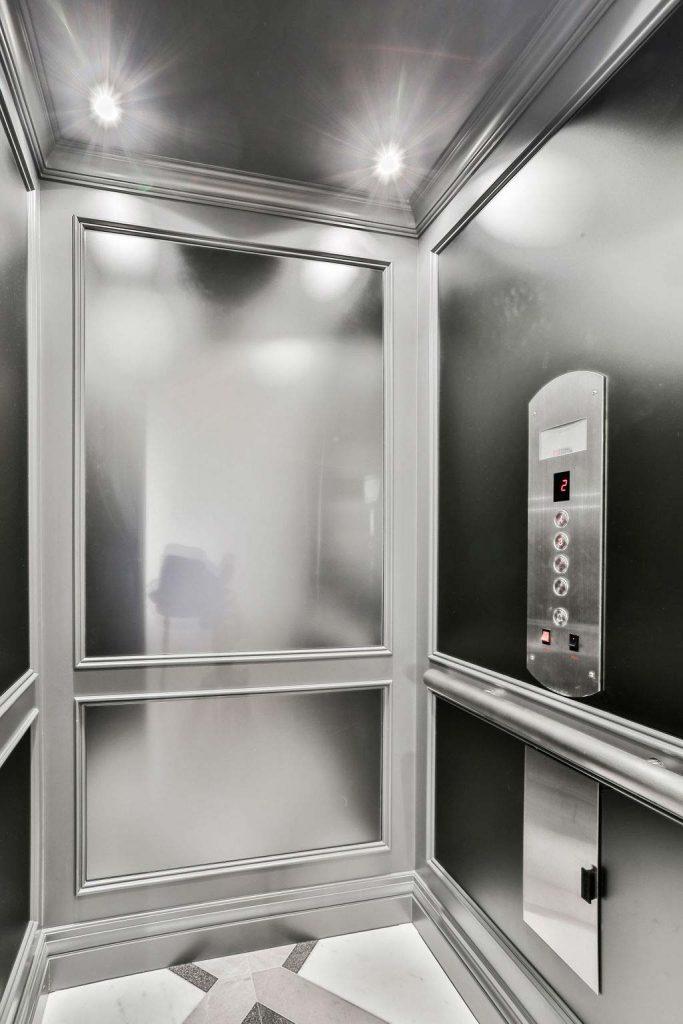 Renaissance Hydraulic Elevator | Residential Elevators | Federal Elevator